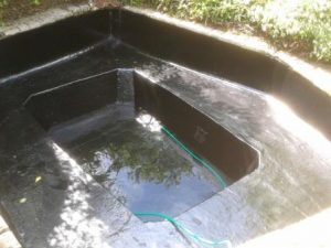 repair fibreglass pond